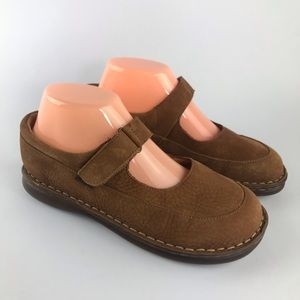 Born Leather Mary Janes Size 6.5